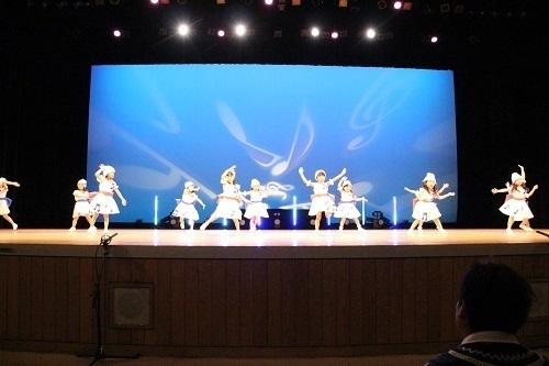 9 ダンス りす2 女.jpg