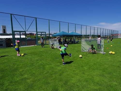 サッカークラブ 運動公園 シュート.jpg